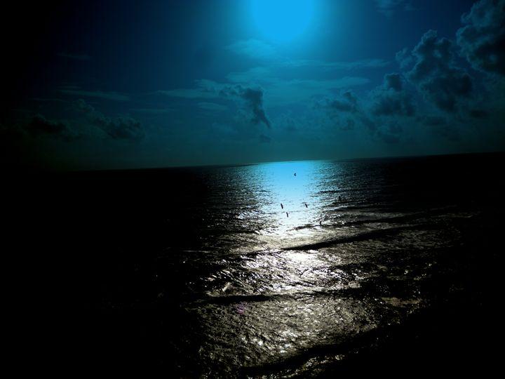 Blue Moon - Chand Ran