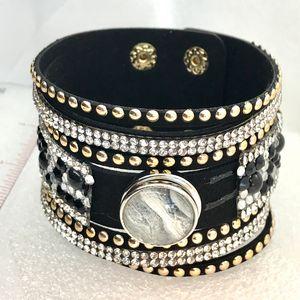 Bracelet with handmade20mm snap
