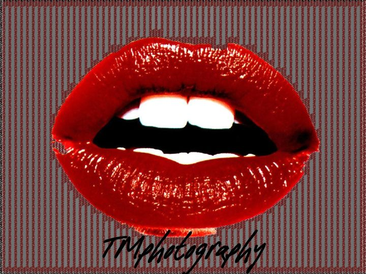 Red Strip Lips - TMphotographyBaltimore