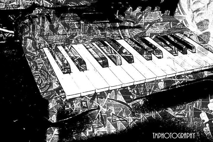 Graffiti Piano - TMphotographyBaltimore
