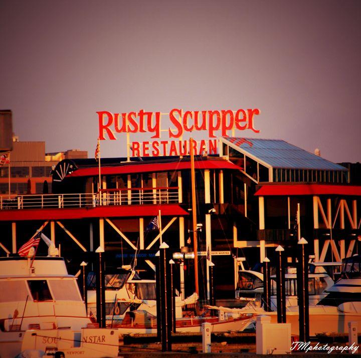 Rusty Scooper Baltimore - TMphotographyBaltimore