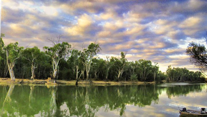 Fishing on the Murray River - Akimi Art