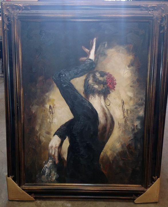 Dancing Woman - Leverage Liquidators