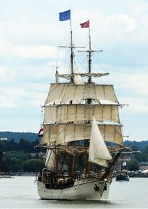 Full Sails On Ship Fine Art Print