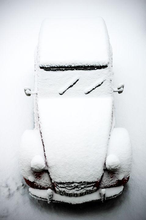 2CV snow cover - Justin Short