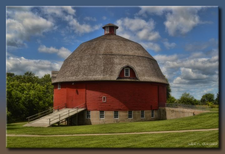 The Ryan Round Barn - Sheryl Gerhard