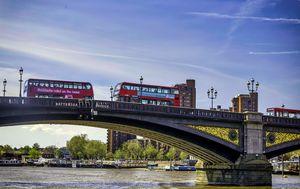 Battersea Bridge, London.