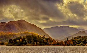 Dramatic Light at Derwentwater
