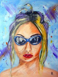 Lady Sunglasses.