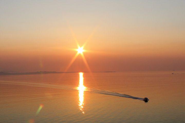 Victoria Sunrise - Pat Hansen's Photos