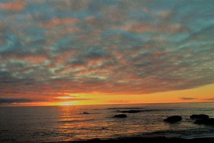Cloudy Sunset - Pat Hansen's Photos