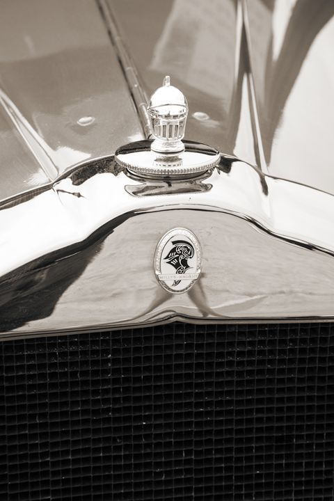 1929 Willys Knight Classic Car 4532 - M K Miller III