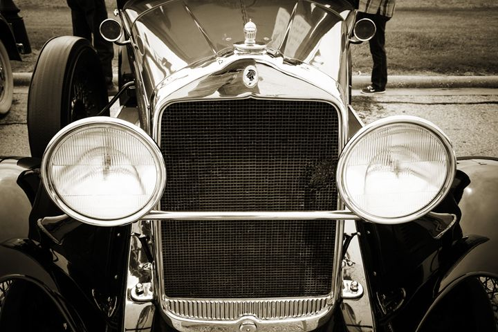 1929 Willys Knight Classic Car 4533 - M K Miller III