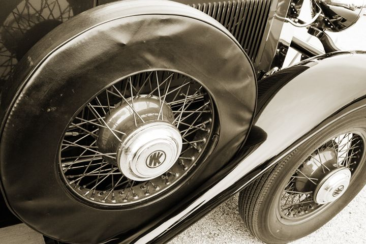 1929 Willys Knight Classic Car 4534 - M K Miller III