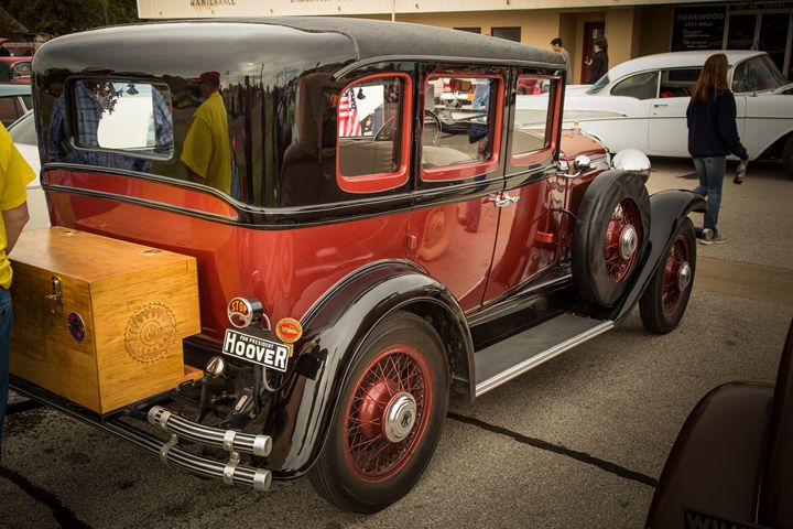 1929 Willys Knight Classic Car 4562 - M K Miller III