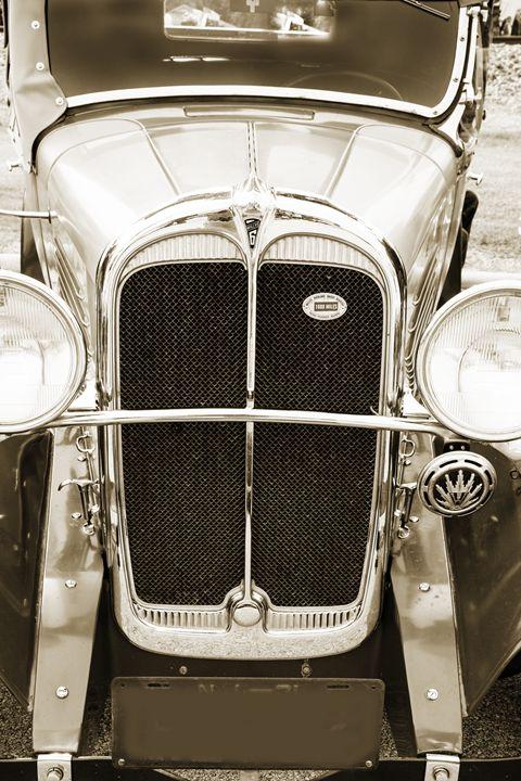 1931 Willys Convertible 1548.011 - M K Miller III