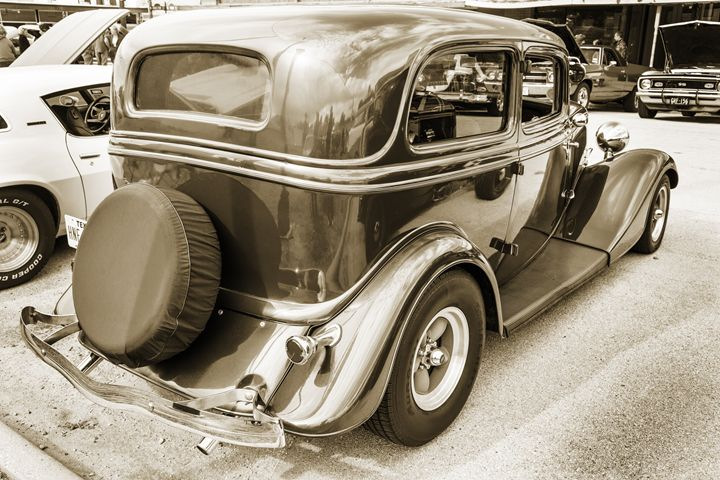 1934 Ford Classic Car 1443.024 - M K Miller III