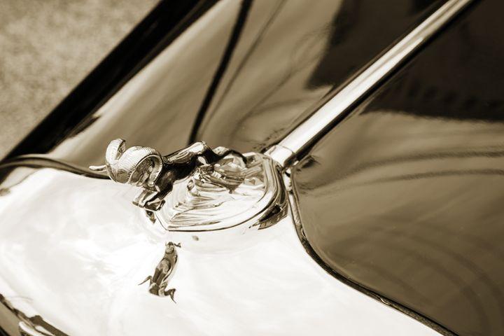 1933 Dodge Classic Car 5565.10 - M K Miller III