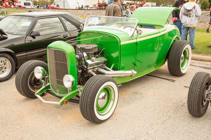 1932 Ford Roadster  5564.14 - M K Miller III