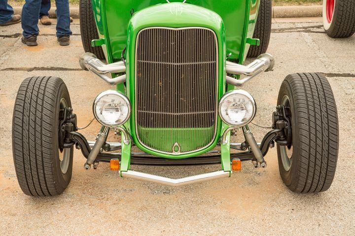 1932 Ford Roadster  5564.16 - M K Miller III