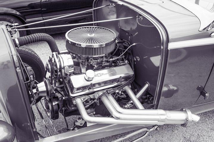 1932 Ford Roadster  5564.19 - M K Miller III
