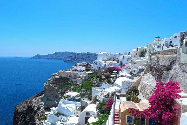 Whites and Blues, Santorini - amywanders