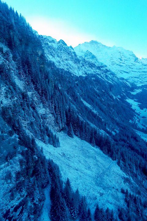 Blue Hue, Grindelwald - amywanders