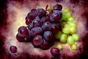 Grapes Red And Green - digimatic
