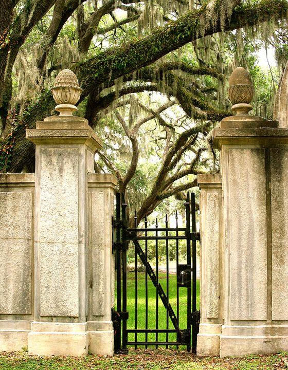 BONAVENTURE GATE - WDPS Gallery