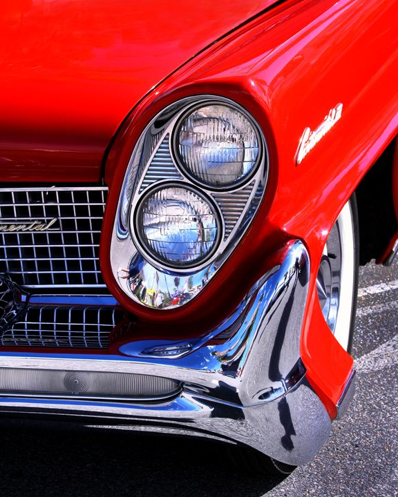 RED CONTINENTAL - WDPS Gallery