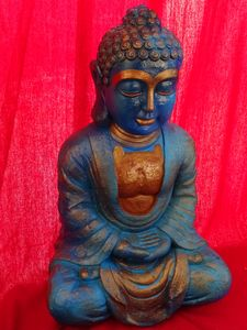 The blue Buddha of the alley