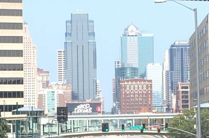 Raw Kansas City - DVanEck