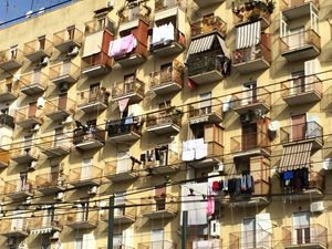 eye view 2 way of living napoli