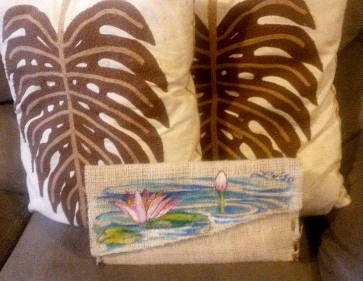 Water Lily Burlap Clutch - Luiso's Art Portal