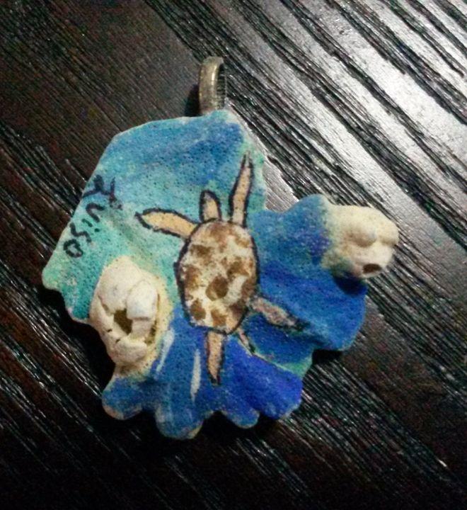 Sea Turtle coral pendant - Luiso's Art Portal