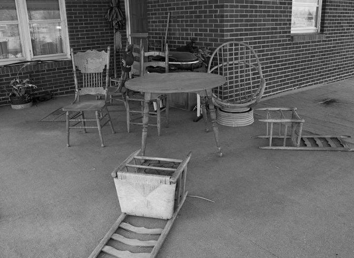 Abandoned - Kim Dennis