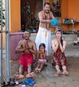 Hindu water blessing