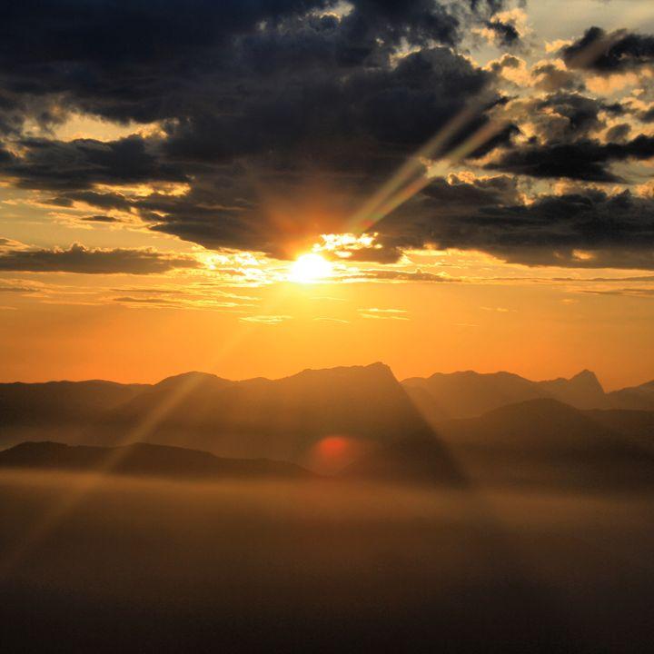 Sunrise - Caelum Bennett Nutbrown