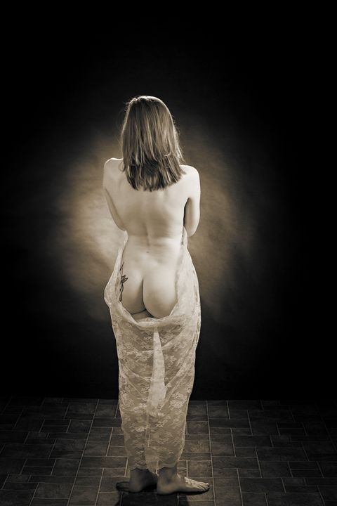 Nude Woman 1604.090 - K M Photography