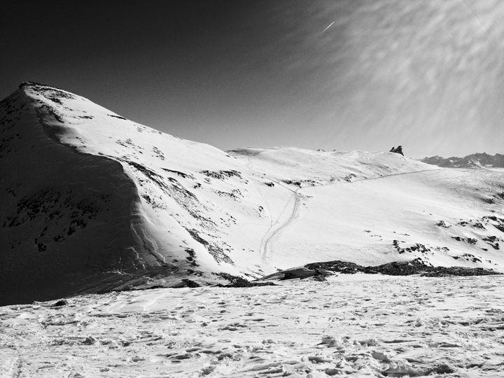 Laax Glacier Black and White - Jacob Lesitsky