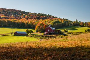 Fall Colors and Barn house - Vermont