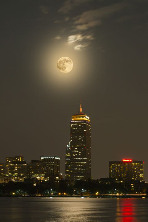 Prudential Tower With Supermoon 2013 - Jatin Thakkar Photography
