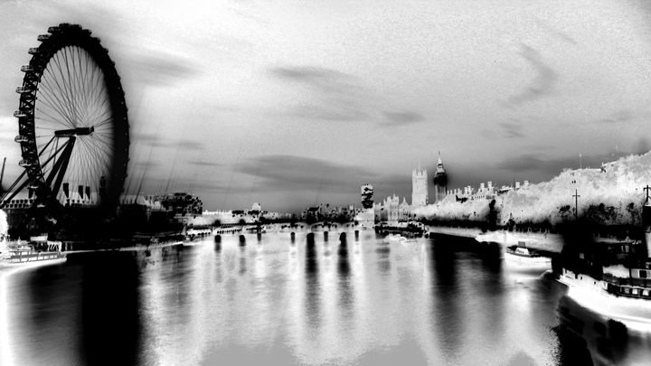 London in black and white - Marc O Zyris