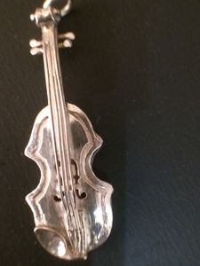 Silver violin with platinum strings