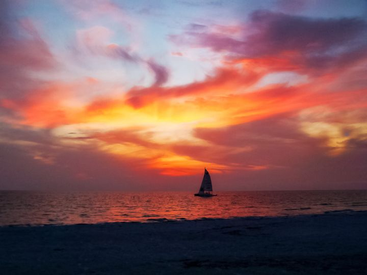 Coquina Beach Sailboat - Kenneth D. Huskey