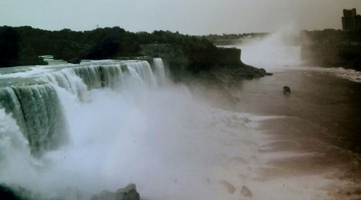Niagra Falls 5 - Melissa
