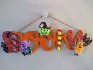 Wooden Halloween Wall Decor