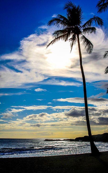 Kauai Silhouette - Bryant Heffernan