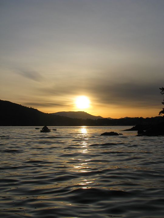 Evening Paddle - Yvonne Poirier Island Earth Photography