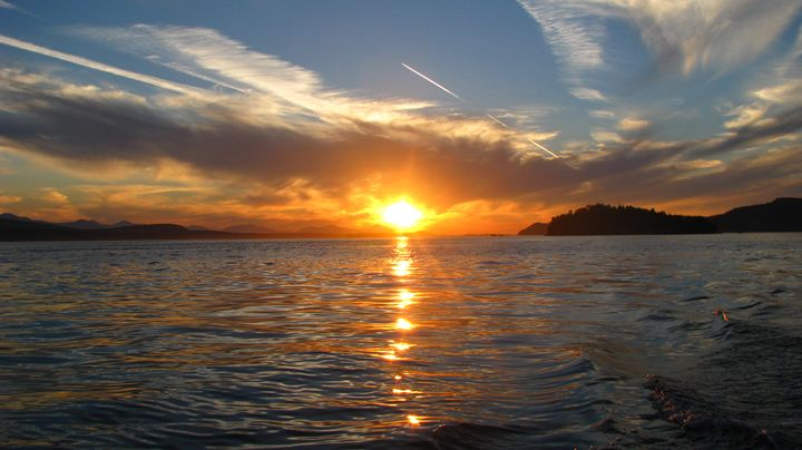 Sunset Cruising - Yvonne Poirier Island Earth Photography